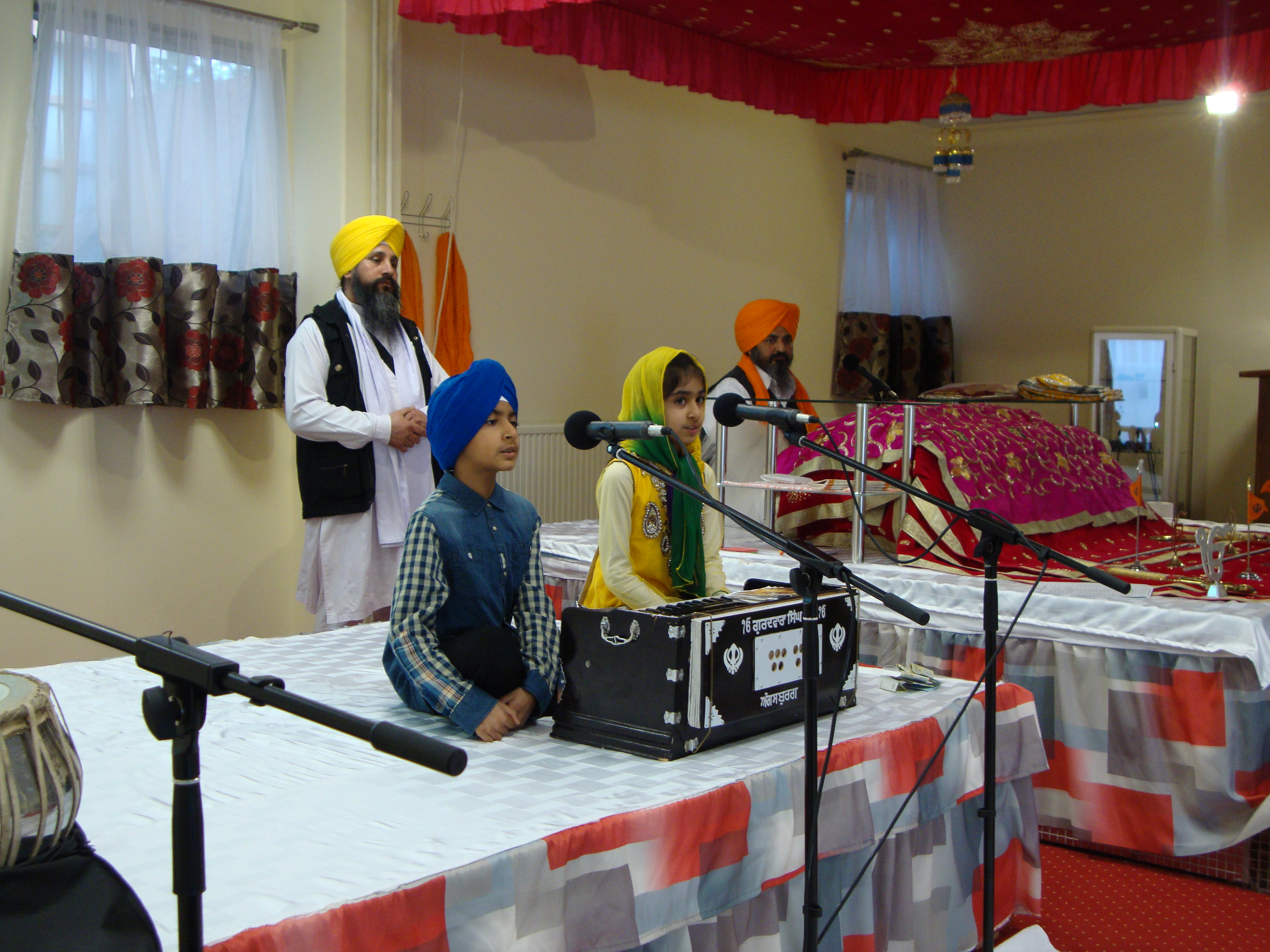 Kirtan by children